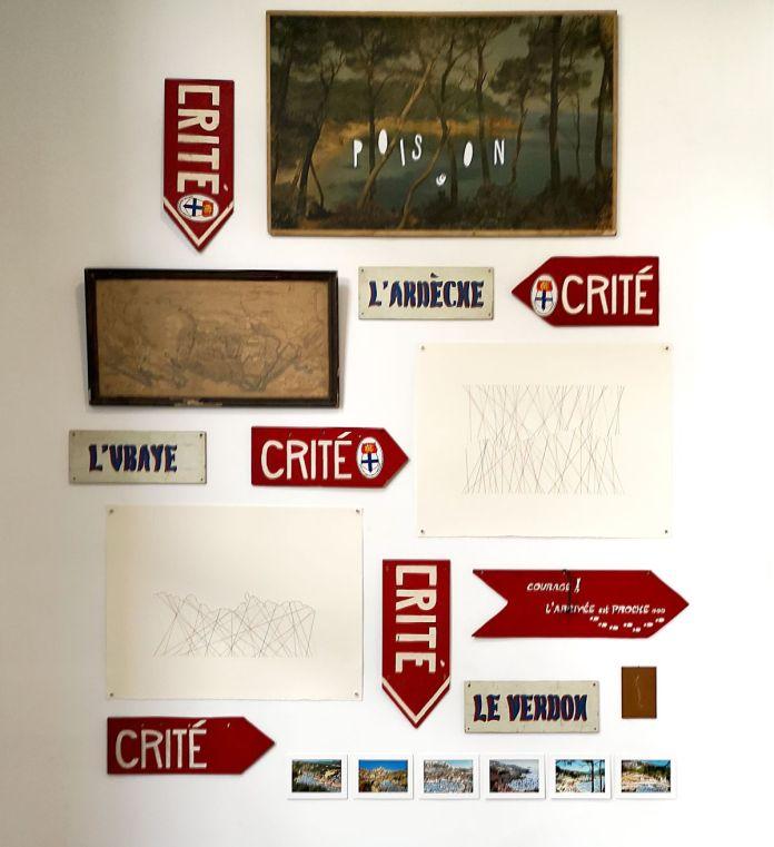 Wall of joy, Divers - Forêt, Piolets, blasons (archives) - gethan&miles et Les Excursionnistes Marseillais - Anatomie de la joie collective