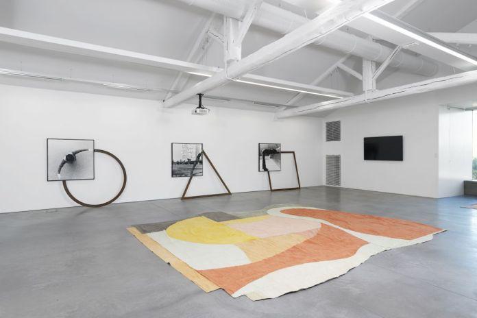 Vue de l'exposition collective « La mesure du monde », © Mrac Occitanie, Sérignan, 2019. Photographie Aurélien Mole