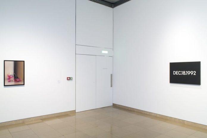 Accrochage 2020 de la collection à Carré d'Art - Salle 2 - Gerhard Richter, On Kawara - Photo (c) C. Eymenier
