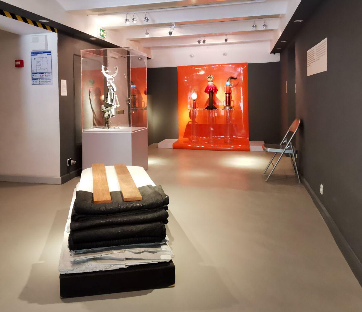 Recyclage/Surcyclage à la Villa Datris - Déchets animés - Vue de l'exposition