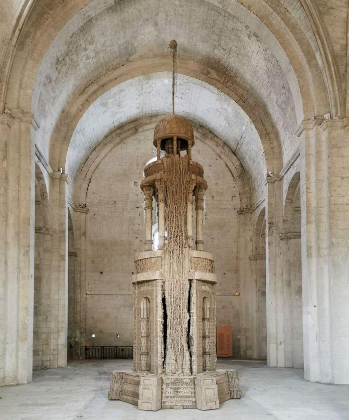 Eva Jospin – Cénotaphe à l'abbaye de Montmajour à Arles - Vue de l'abside