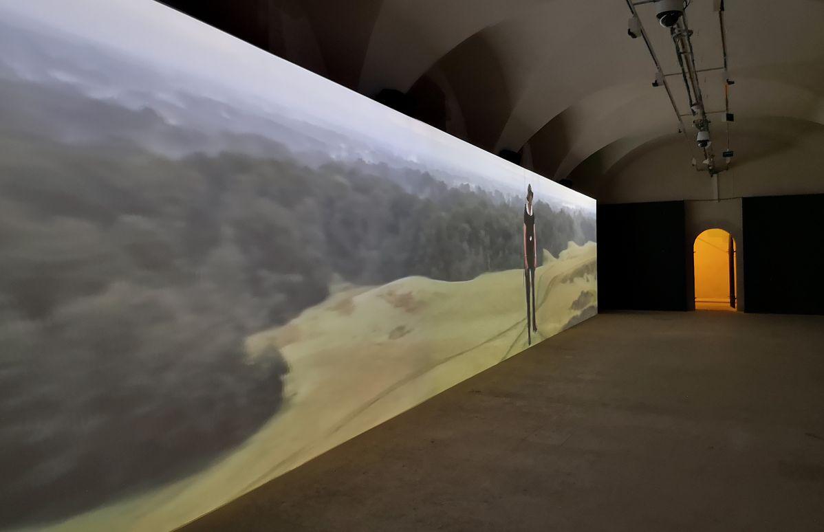 Abraham Poincheval - Walk on Clouds, 2019 - «Ruche - Hive» à la Vieille Charité - Marseille