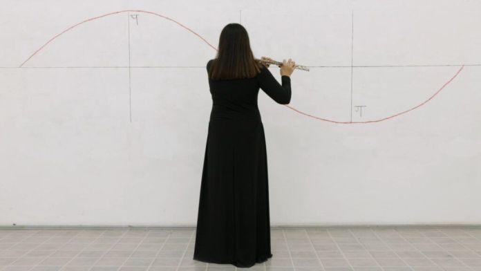 Dragana Žarevac - Balans, 2020 - Serbie Les Instants Vidéo 2020 - «Mort, la vie te guette !»