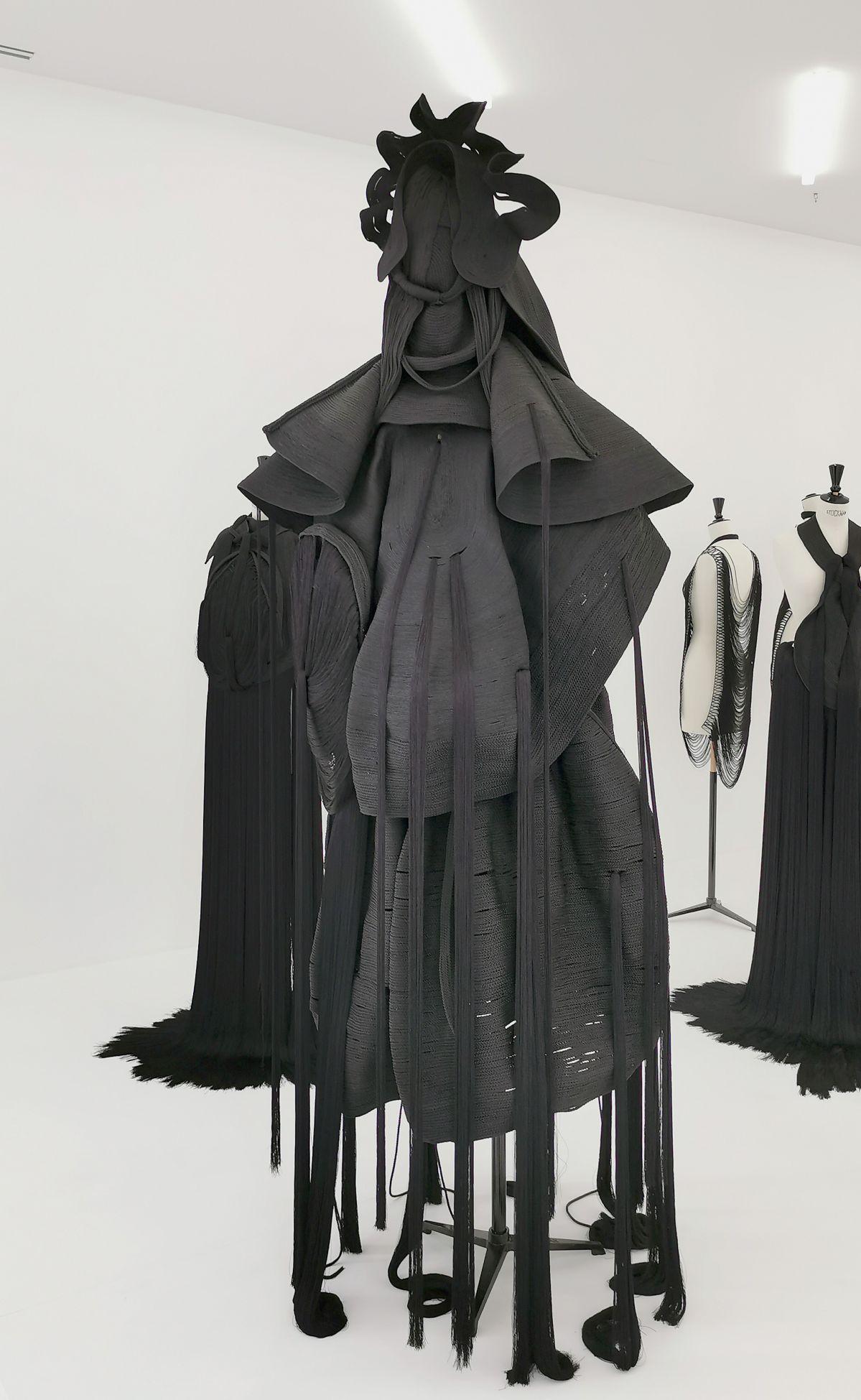 Jeanne Vicerial - Séries Armors - Gardienne, 2019-2020 - Des Vies - ¡ Viva Villa ! 2020 - Les vies minuscules à la Collection Lambert, Avignon