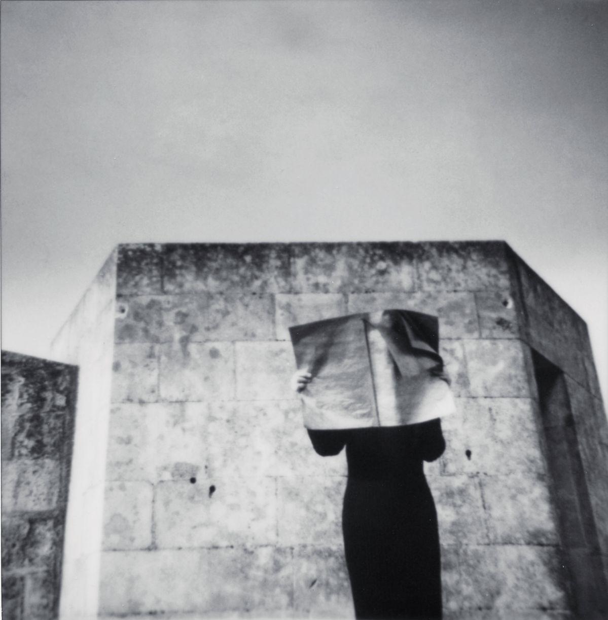 Corinne Mercadier - La Suite d'Arles (série). Église des Frères Prêcheurs I Arles, 2003. Tirage sur papier baryté. 101 x 99 cm