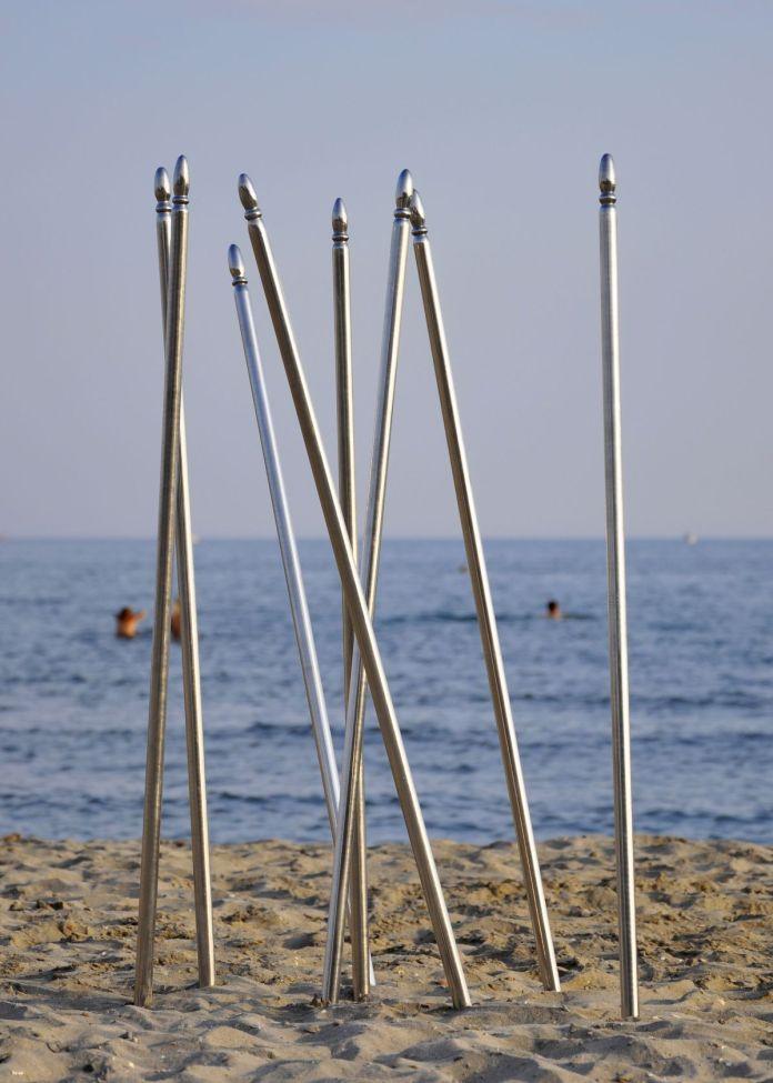 Jean-Marc Andrieu - Huit & Neufs 2006 (inox sur plage de Carnon) - Photo Ph. Pannetier 2014