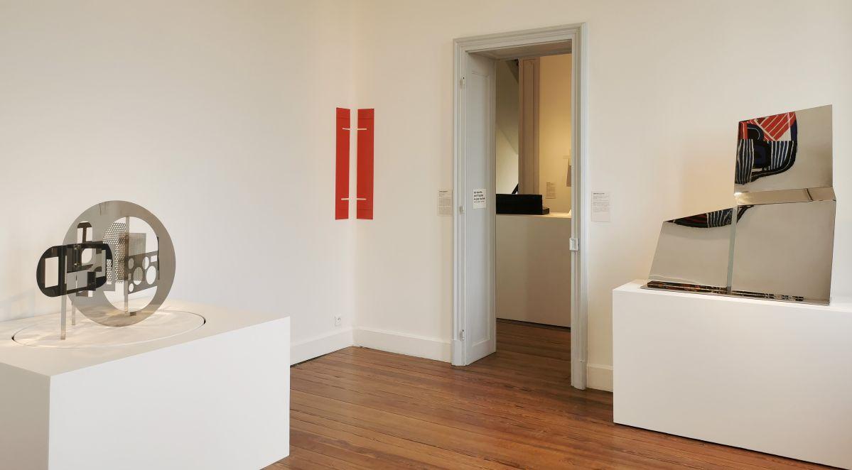 Formes et Déformes - Sculpture en fête ! Les dix ans de la Collection Villa Datris - Vue de l'exposition au rez-de-chaussée