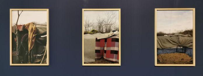 Enrique Ramírez - Calais, 2009 - Vue de l'exposition Jardins migratoires aux Rencontres Arles 2021