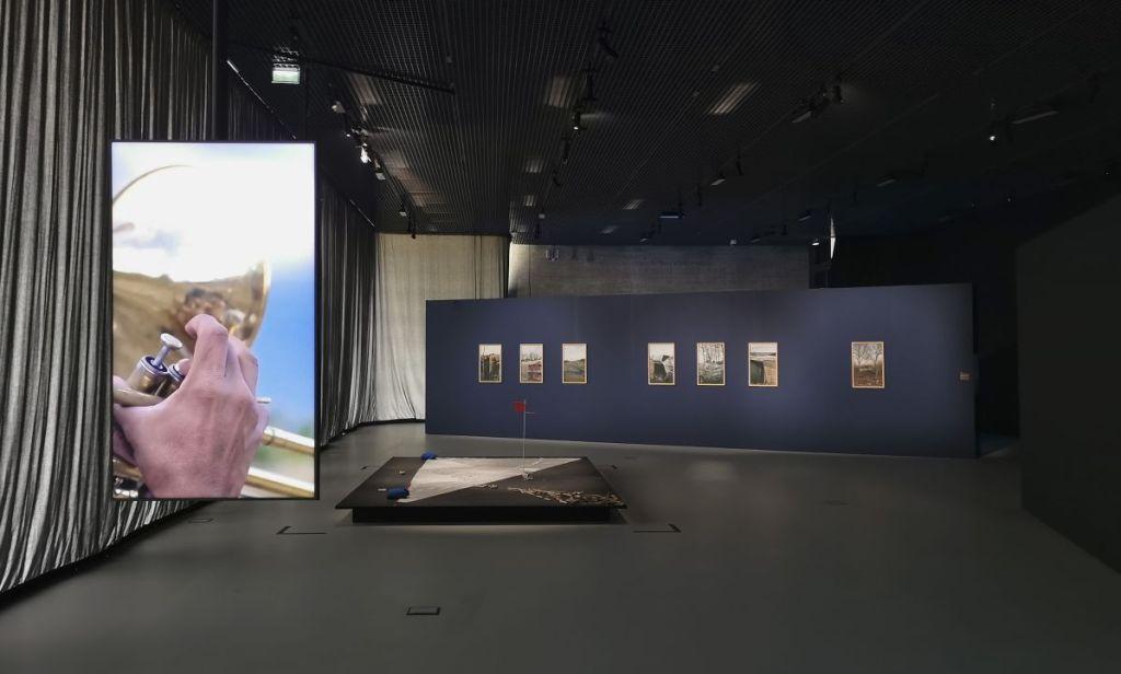 Enrique Ramírez - Jardins migratoires aux Rencontres Arles 2021 - Vue de l'exposition