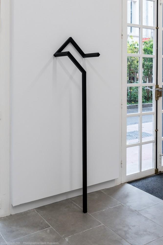 Mehdi Moutashar - Dix segments de 30 cm, 2021 - Crédit photo David Huguenin