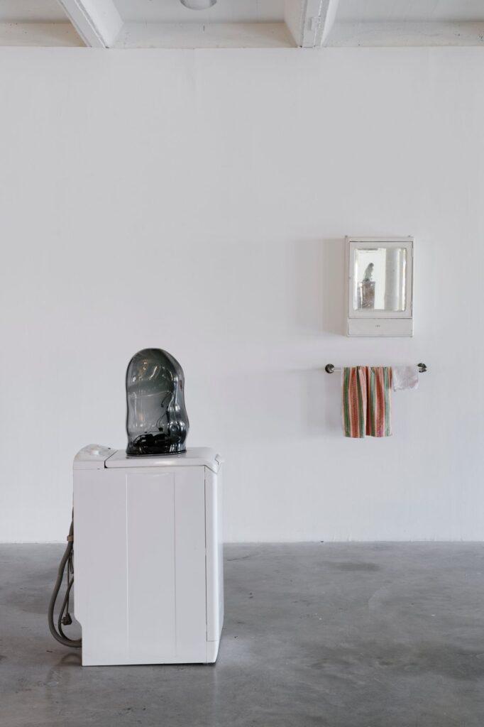 Lydia Ourahmane, Barzakh, vue d'exposition, Triangle - Astérides, centre d'art contemporain, Friche la Belle de Mai, Marseille, 2021. © Aurélien Mole
