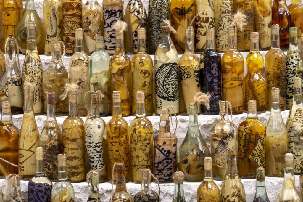 Métamorphoses - Cosmogonies - Zinsou, une collection africaine au MOCO-Hôtel des collections. Photo Marc Domage