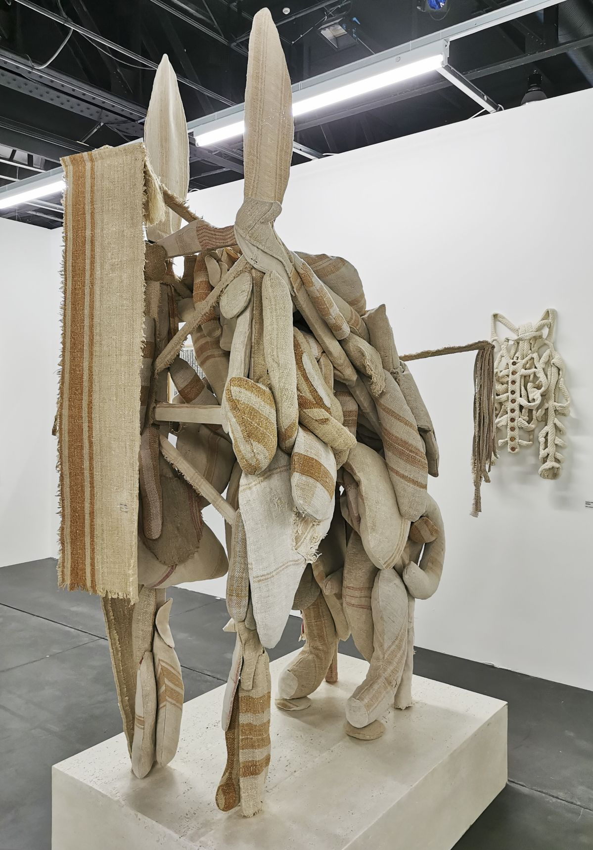 Sector One - Olah Gyarfas - Art-o-rama 2021 à la Cartonnerie - Friche la belle de Mai