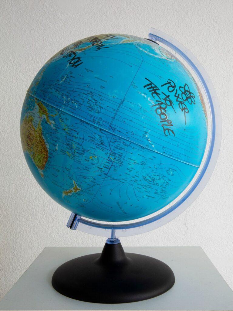 Yoko Ono - Global Peace (1997) - Under the same sky à l'Aire - Arles - Arles - Photo ©Mathilde Sangnier 15