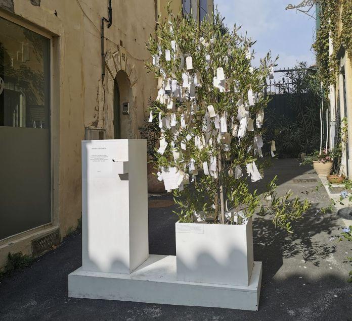 Yoko Ono - Wish Tree - Under the same sky à l'Aire - Arles