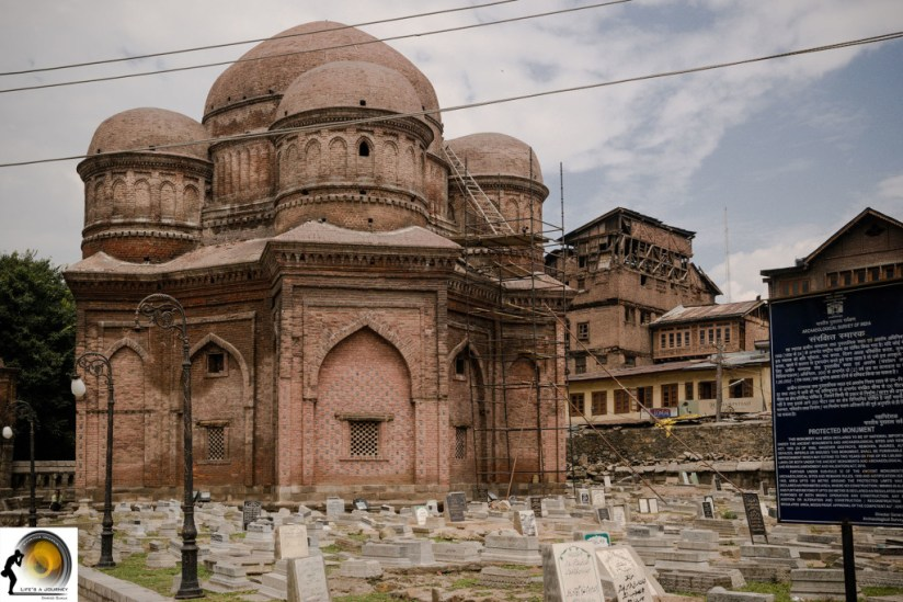 tomba Badshah