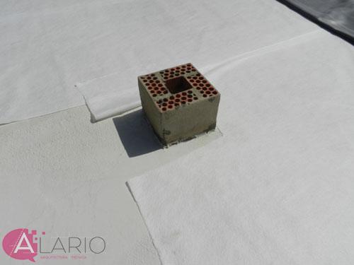 Impermeabilización de cubierta con lámina de EPDM. Encuentro con saliente