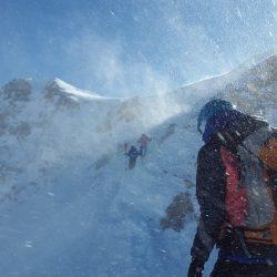 Pour les passionnés d′alpinisme et les aventuriers, les Alpes constituent le terrain de jeu favori, avec ses sommets qui comptent parmi les plus impressionnants au monde