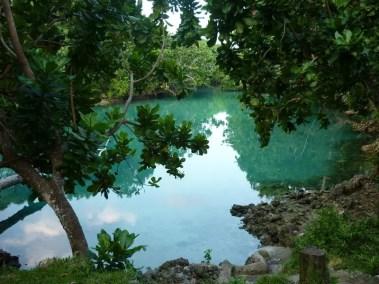 Trou bleu à l'Est de l'île d'Efaté au Vanuatu