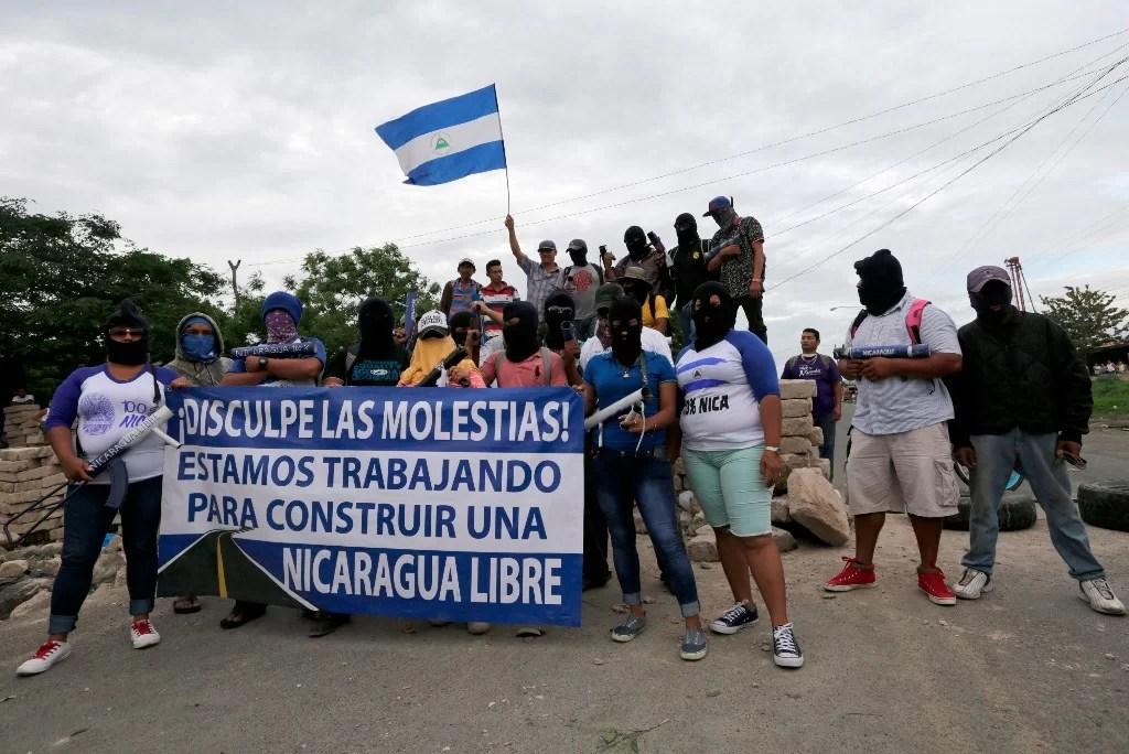 Nicaragua: Guarimbas igualitas que en Venezuela. Vean esto