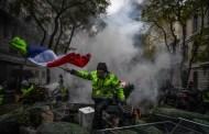 La turbulencia amarilla en Francia echará del poder al majunche Macrón...