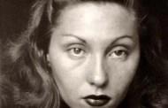 Si no has leído a Clarice Lispector, tienes que hacerlo. Tremenda y gloriosa escritora brasileña nacida en Ucrania...