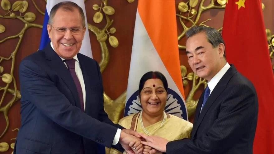 (!!La mitad del mundo en habitantes y territorio!!)  China, India y Rusia se oponen a intervención militar en Venezuela