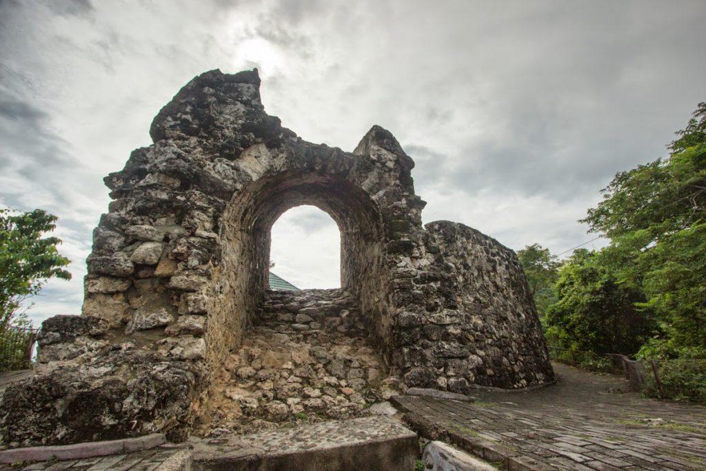 Wisata Benteng Otanaha Peninggalan Sejarah Di Gorontalo Ensiklopedia Indonesia