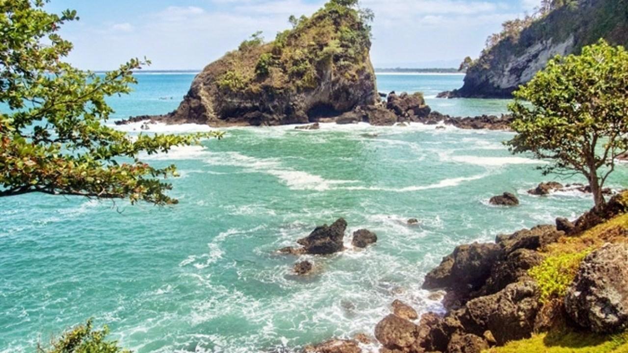 Foto Pantai Pangandaran Jawa Barat