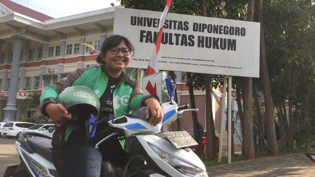 Mahasiswi Undip Driver Ojol