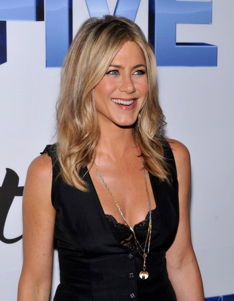 EOH Jennifer-Aniston-7
