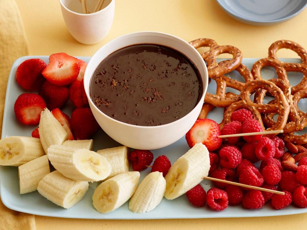 LF0109_Chocolate-Fondue