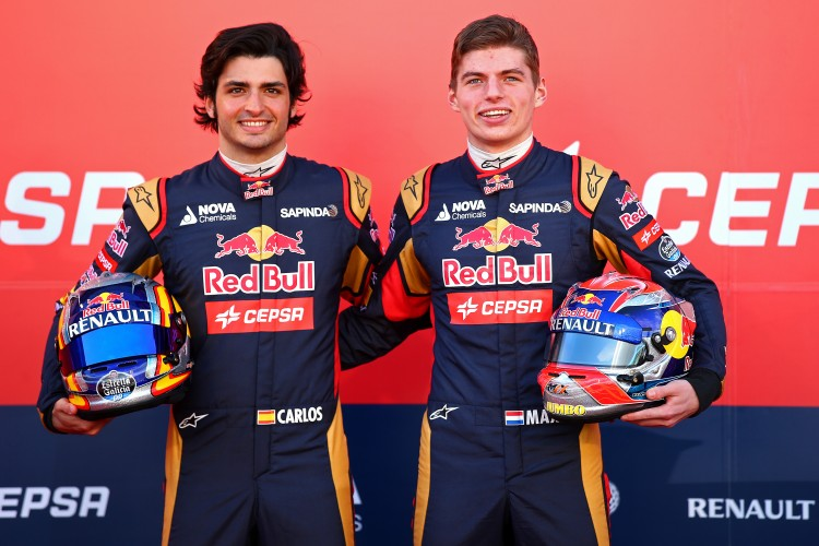 max-verstappen-vs-carlos-sainz-jr