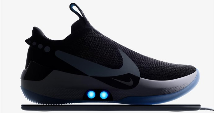 Nike unveils sneakers that tighten laces with smartphone