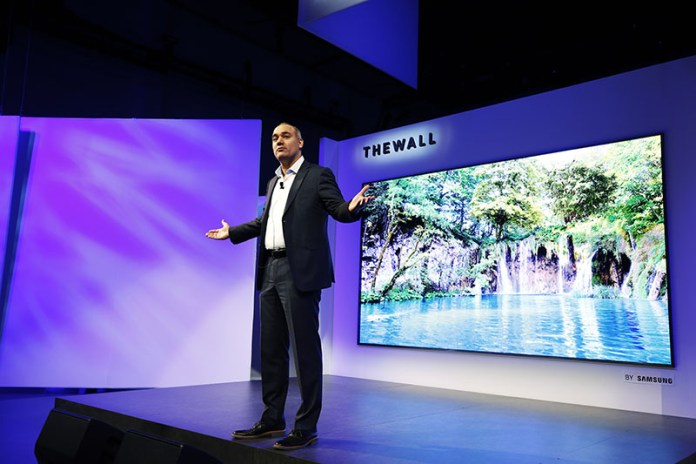 OLED Samsung CES 2018 Samsung The Wall Micro LED TV 146 inch 2 QLED