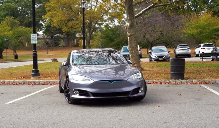 """Tesla accused of testing """"Beta"""" versions of its cars with its users"""