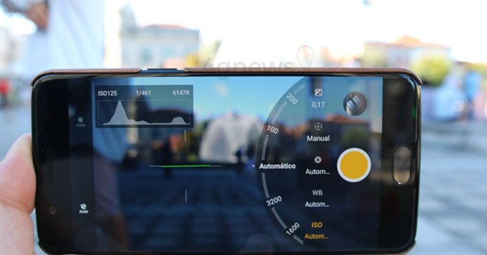 Tip - Download the new Google Camera to your smartphone here