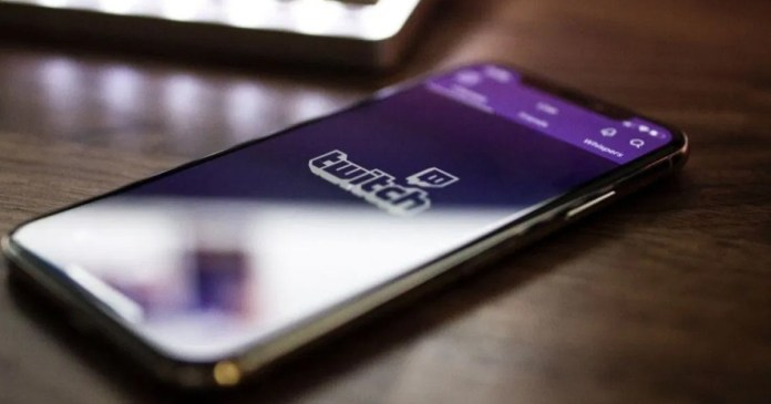 Twitch finally allows subscriptions made on iOS! But it's a mess