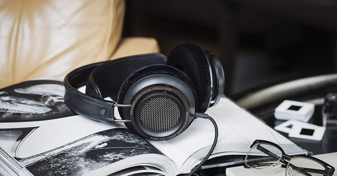 Offer: debut high-resolution headphones with these Philips Fidelio
