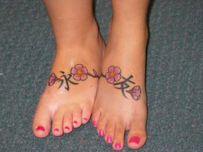 Flower Foot Friendship tattoo