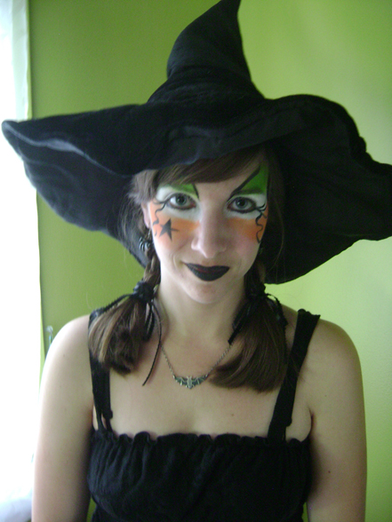 easy witch halloween makeup for girls