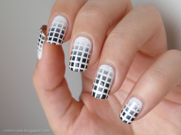 8-black-and-white-nails-designs