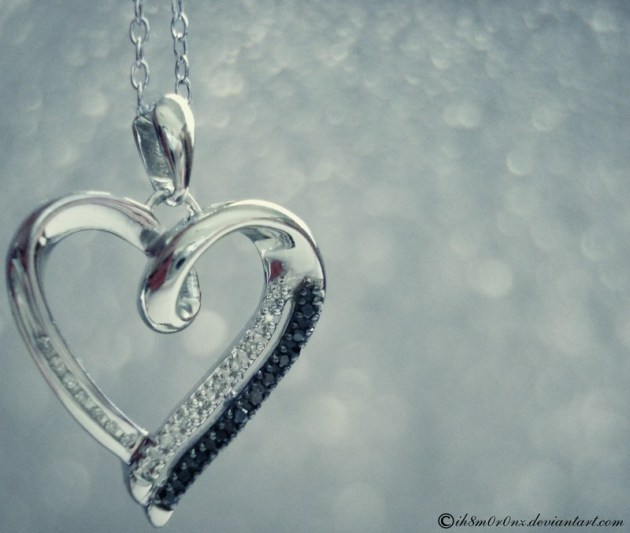 love-necklace-picture