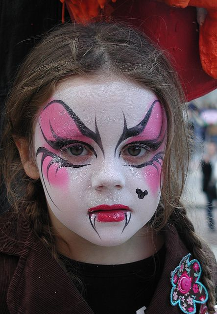 vampire-kid-face-painting