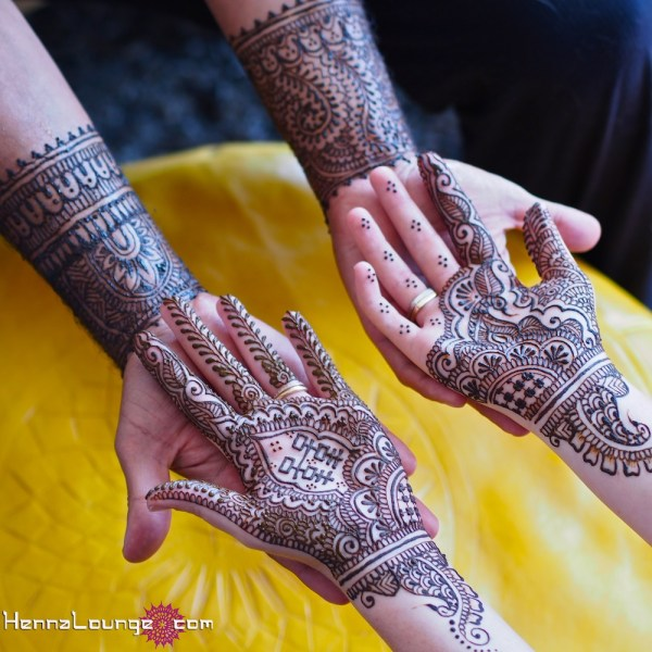 mehndi-design-for-brides-hands
