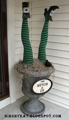 funny halloween decorations