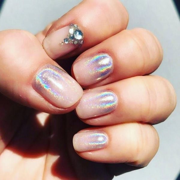 Reverse Ombre nails