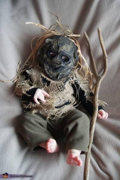 diy scarecrow baby halloween costume ideas