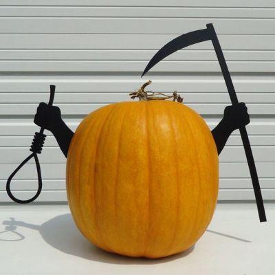 grim reaper pumpkin design ideas for halloween decorations