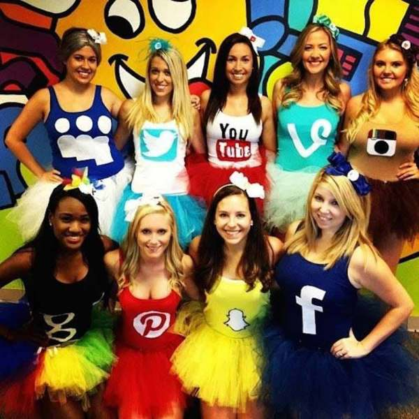 group girls social media halloween costume ideas